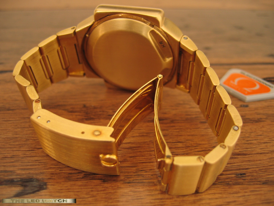 Omega TC-1 18K Solid Gold rear.